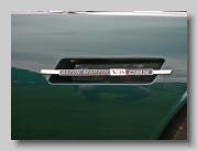aa_Aston Martin DBSV8 badgef