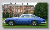 s_Aston Martin DB5 side