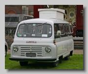 Austin 152 Van front