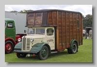 Austin K2 1948 Jennings front
