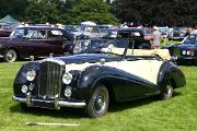 Bentley MkVI 1951 Park Ward DHC front
