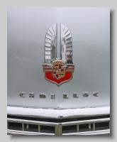 a_Cadillac Series 62 1941 Convertible badge