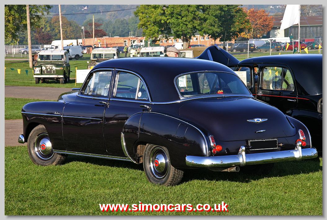 Chevrolet Styleline Deluxe 1949 4-door saloon rear & Simon Cars - Chevrolet Styleline