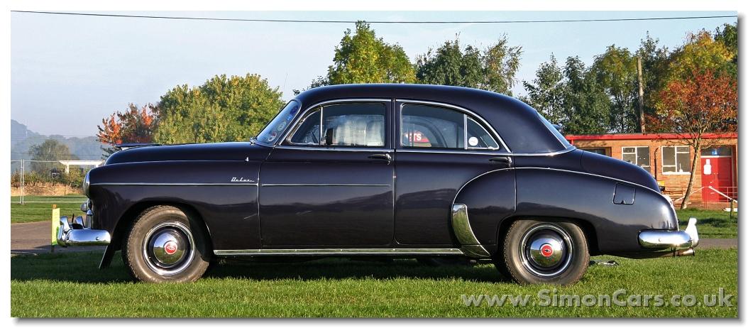 Chevrolet deluxe 1949 4 door saloon 2 door and 4 door for 1949 chevy 4 door deluxe