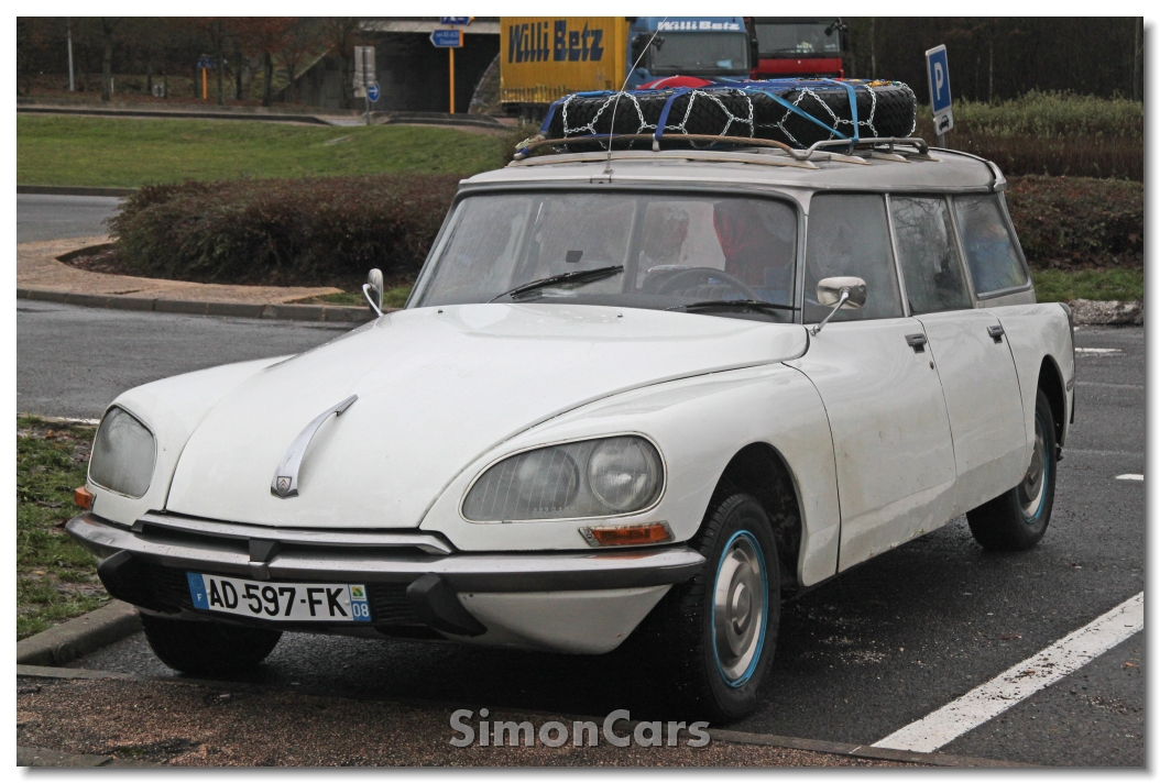 simon cars citroen ds and id. Black Bedroom Furniture Sets. Home Design Ideas