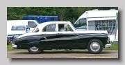 s_Daimler Regency Sportsman Saloon side