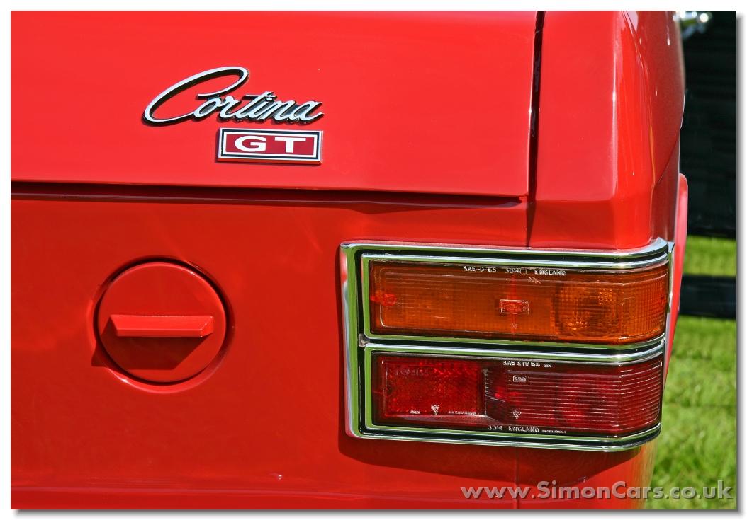 Aa_ford Cortina Gt Badge