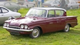 Ford Consul Classic 4dr front