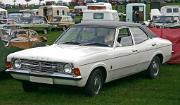 Ford Cortina 1600 MkIII front 4-door