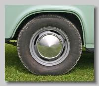 w_Ford Anglia 105E DL wheel