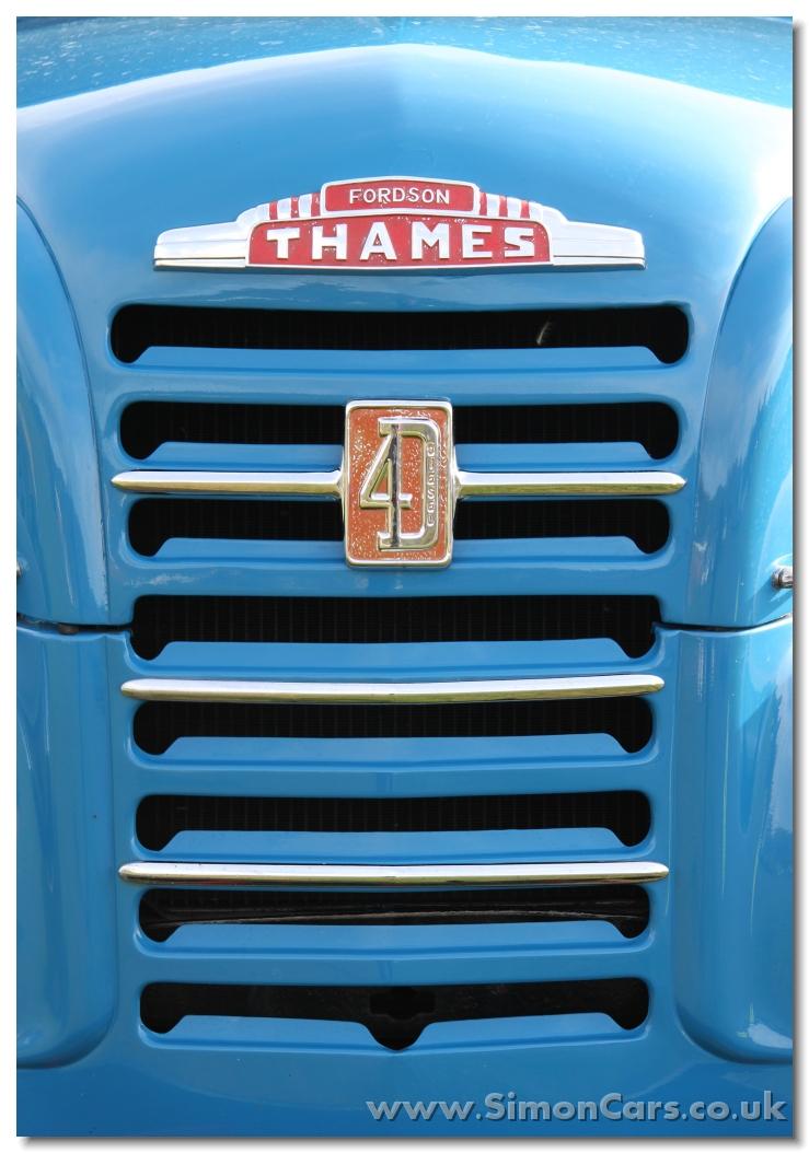 Ab Fordson Thames Et D Grille