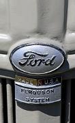 aa Ford-Ferguson 9N 1939 badge