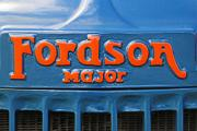 aa Fordson Major E27N Tractor badge