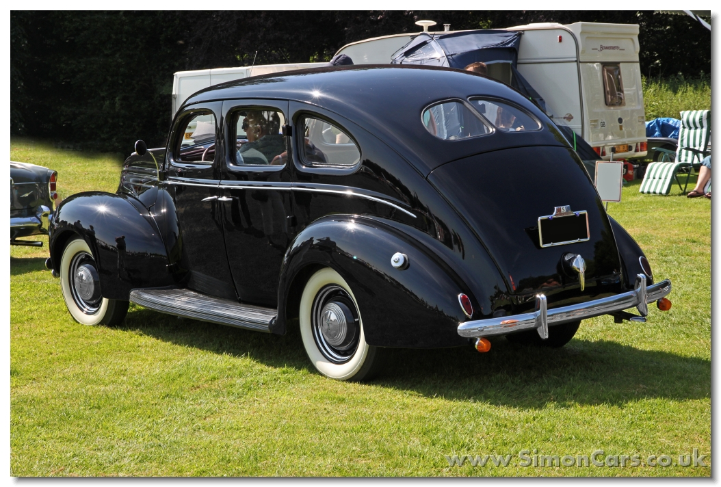 Simon cars ford deluxe v8 for 1938 ford 4 door sedan