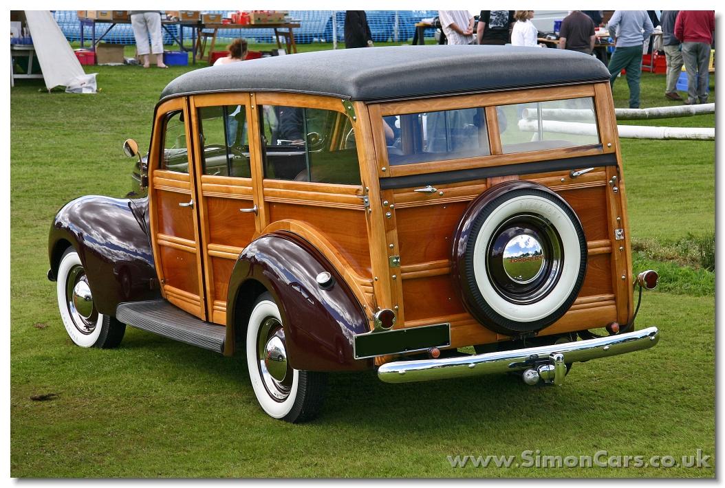 Simon Cars - Ford Deluxe V8