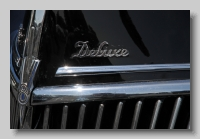 aa_Ford Deluxe 1939 badge
