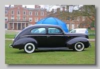 s_Ford Model 02A 1940 V8 Standard Tudor  side