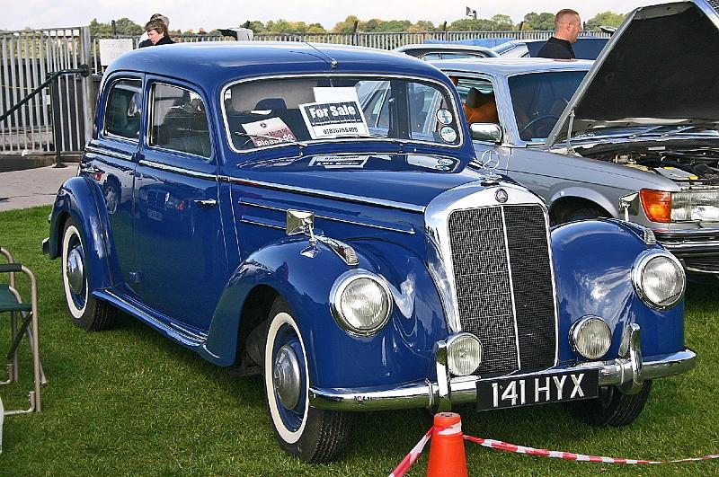 Image gallery mercedes 1953 sedan for 1953 mercedes benz 220 sedan for sale