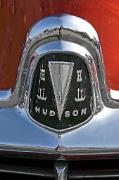 aa_Hudson Commodore 8 1947 Brougham badgeg