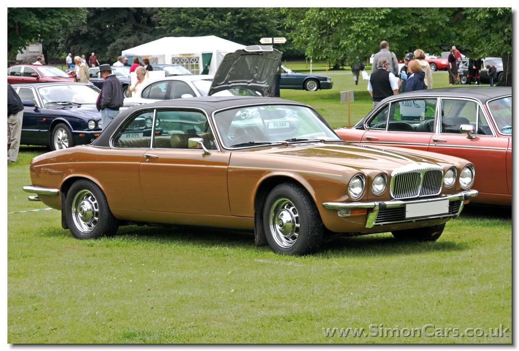 Jaguar DAIMLER Coupé 5.0 V8  385 BA 2009  Fiche technique n°117576