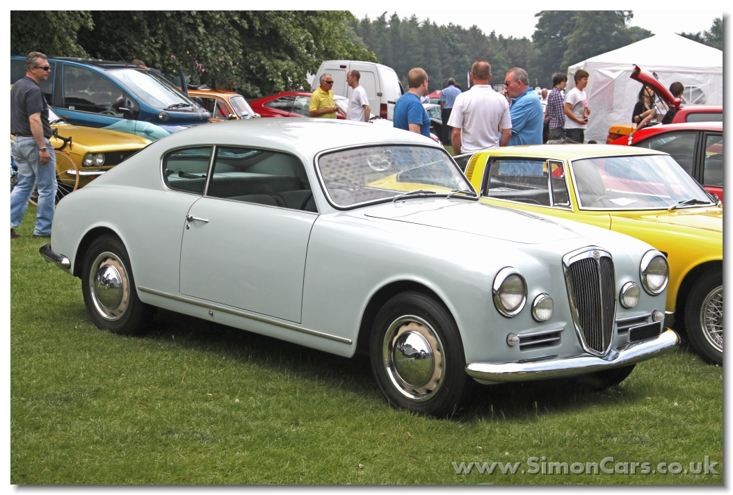 http://www.simoncars.co.uk/lancia/slides/Lancia%20Aurelia%20B20%20GT%201954%20front.jpg