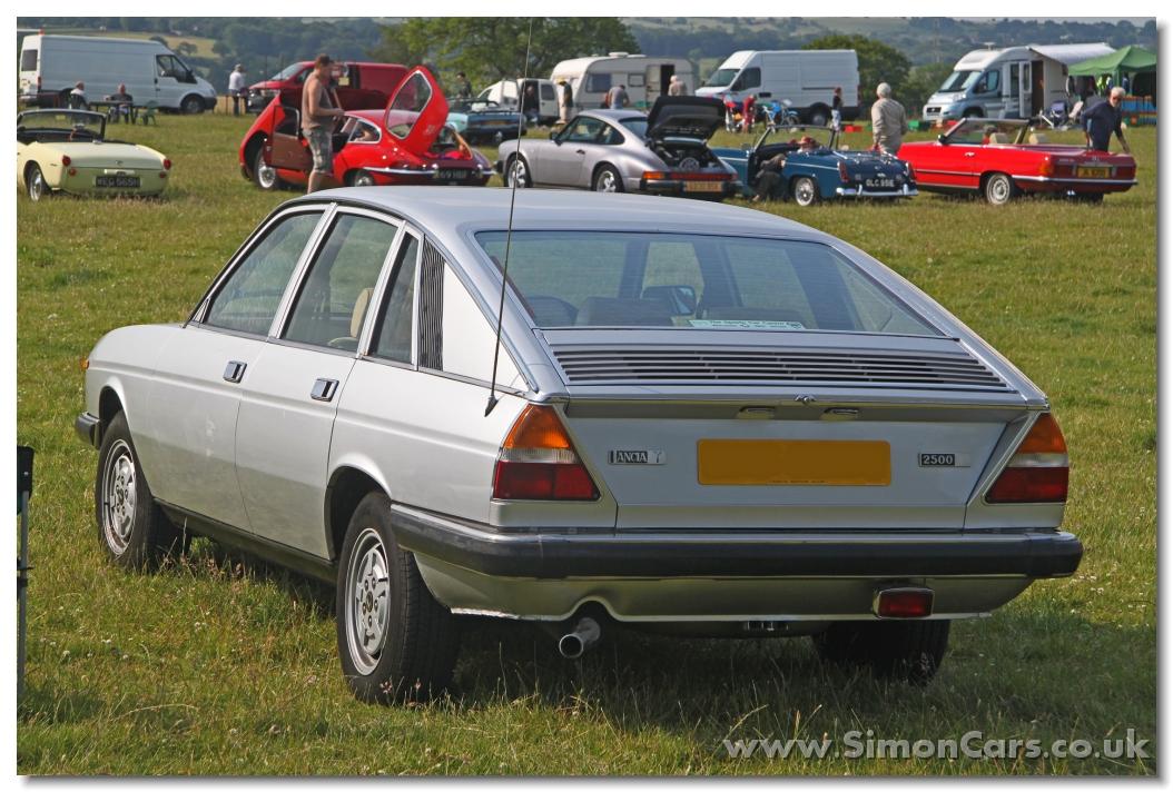 http://www.simoncars.co.uk/lancia/slides/Lancia%20Gamma%20Berlina%20S2%20rear.jpg
