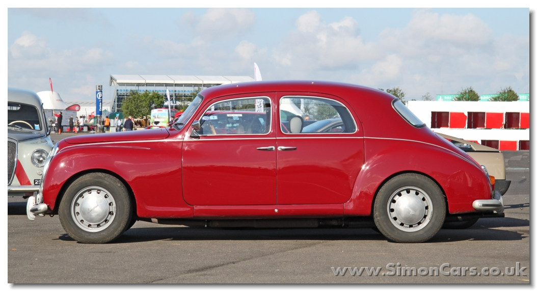 http://www.simoncars.co.uk/lancia/slides/s_Lancia%20Aurelia%20B21%201951%20side.jpg