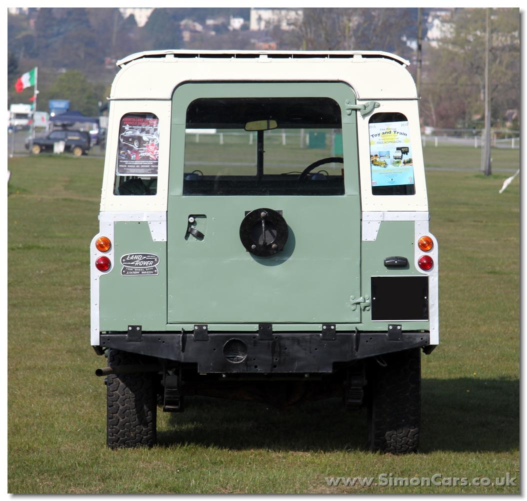 Land-Rover Van