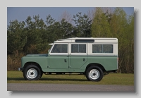 s_Land-Rover Series IIa Station Wagon 109inch side