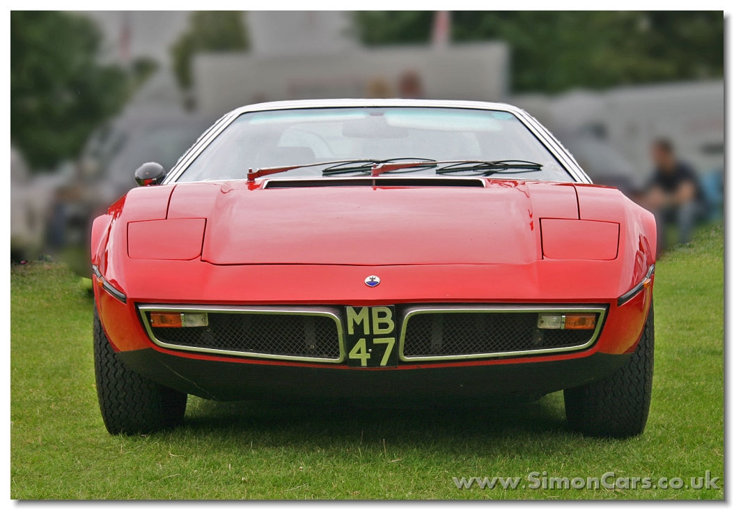 Maserati%20Bora%204-7%201974%20head.jpg