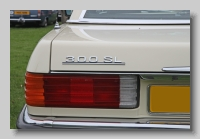 aa_Mercedes-Benz 300 SL (R107) 1986 badge