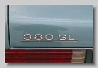aa_Mercedes-Benz 380 SL (R107) 1986 badge