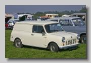 Austin Mini Van 1970 front