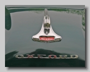 b_Morris Oxford Series III badge