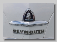 aa_Plymouth P15C Coupe 1947 badgea