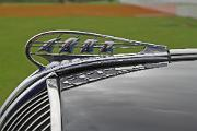 aa_Plymouth P5 1938 5-window Coupe ornament