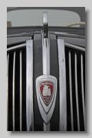 aa_Plymouth P5 1938 badge