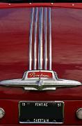 aa_Pontiac Chieftain 1951 badgeb