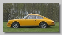 s_Porsche 911 1969 E side