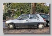 s_Renault 5 SL 4-door side