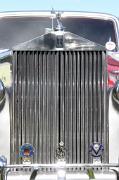 ab_Rolls-Royce Silver Dawn grille