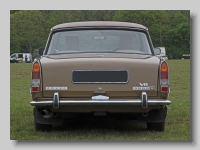 t_Rover 3500 S 1973 tail
