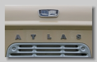 aa_Standard Atlas Van badge