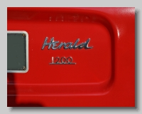 aa_Triumph Herald 1200 badgeb