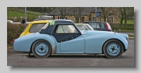 s_Triumph TR3 Rally side