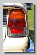 v_Triumph 2500 S Estate lampr