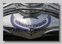 aa_Voisin C14 Chartre Demi-Berline 1930 badge