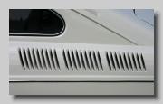 y_VW 1600 E 1972 grille