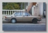 y_Volkswagen Jetta GL side